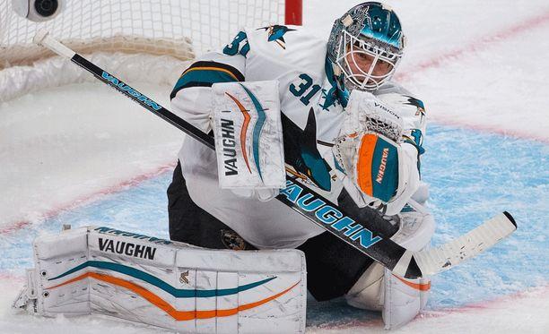 Antti Niemi jatkaa uraansa Dallasissa.