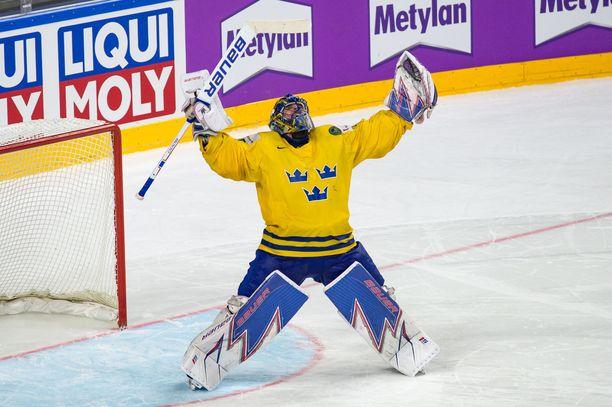 Henrik Lundqvist tuuletti kaksi vuotta sitten Kölnissä MM-kultaa, kun Kanada kaatui finaalissa.