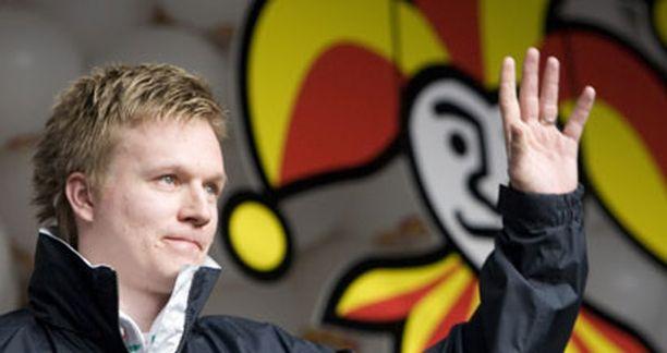 Esa Pirnes on yksi vahvimmista suosikeista SM-liigan pistepörssin voittajaksi ennakkoarvioissa.