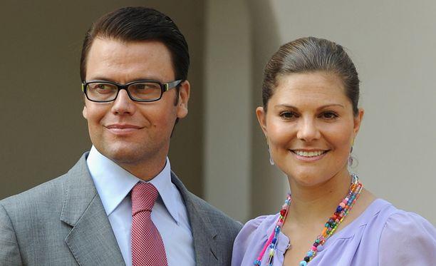 PALUU ARKEEN Daniel ja Victoria palasivat häämatkaltaan Ruotsiin.