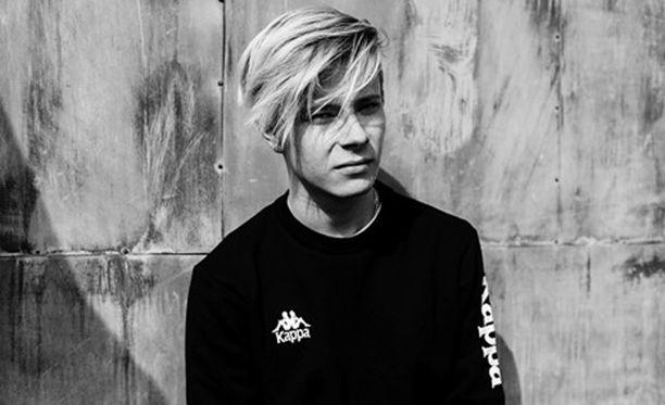 Alex Mattson on tuore ja lupaava suomalaisartisti.