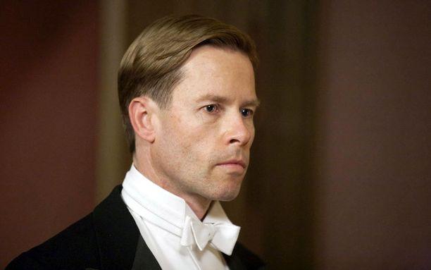 Guy Pearce on elokuvassa Edvard VIII.