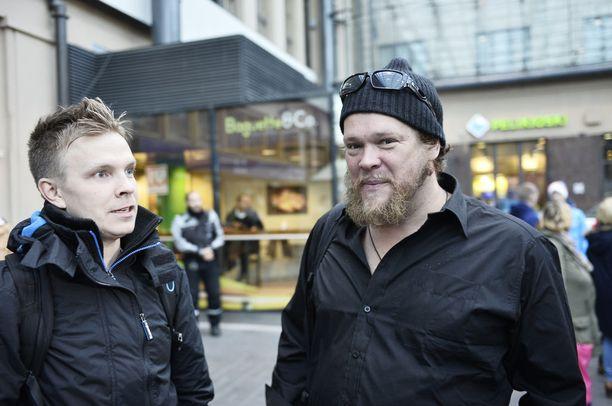 Niki Juusela selostaa Urheilulehden mukaan alkavan F1-kauden kisat Maikkarille.