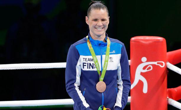 Nyrkkeilijä Mira Potkosella ei ollut tuloja.