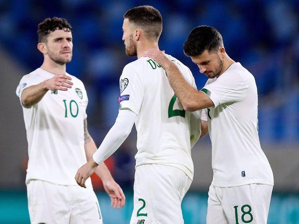 Irlannin kokoonpanosta puuttuu kuusi pelaajaa koronatartuntojen ja -altistumisten vuoksi. Pelaajien nimiä ei ole kerrottu julkisuuteen.