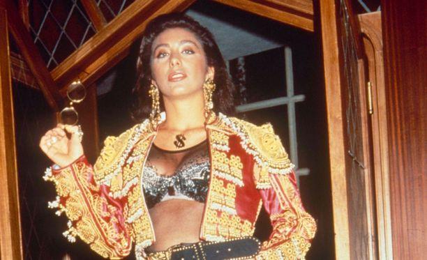 Sabrina Salerno -nimellä nykyään keikkaileva laulaja sekoitti miesten päät 80- ja 90-luvulla.