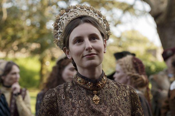 Laura Carmichael esittää jälleen aatelista naista, aivan kuten Downton Abbeyssakin.