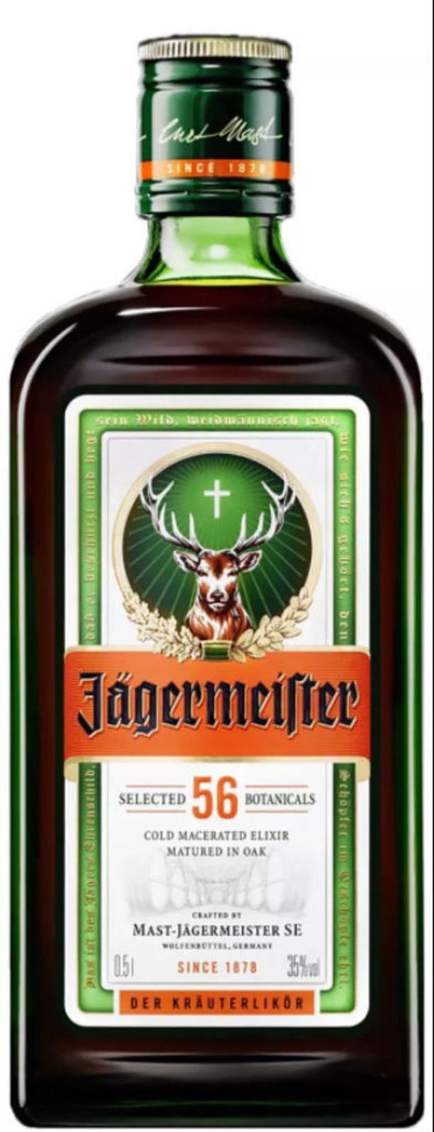 Jägermeister minipullossa maksaa Alkossa 2,99 euroa, mikä tekee litrahinnaksi 74,75 euroa. Jos juoman ostaa 0,5 litran pullossa, pullon hinta on 19.99 euroa ja litrahinta on 39,78.