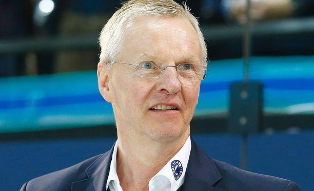 Kari Jalosen SC Bern tyrmäsi Tepsin.