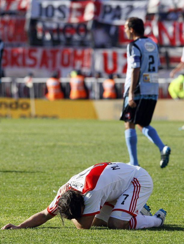 River Platen pelaajat eivät olleet uskoa putoamista todeksi.
