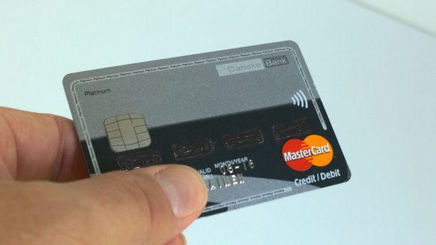 Rehtorin epäillään käyttäneen koulun luottokorttia ohjeiden vastaisesti. Kuvituskuva.