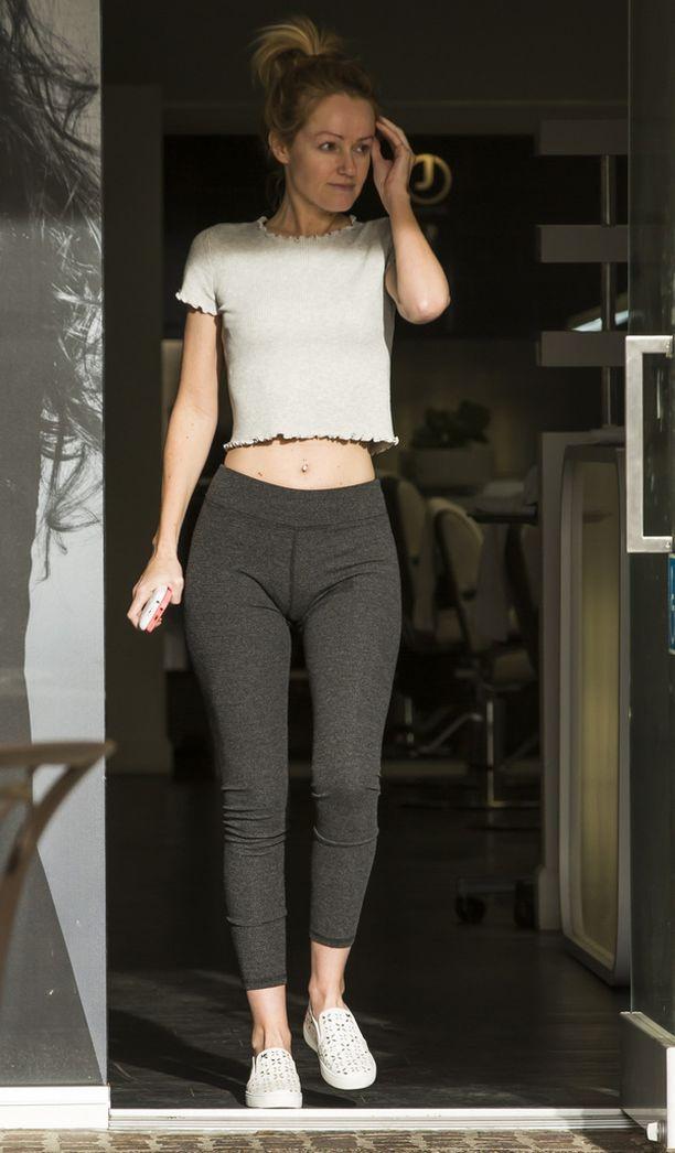 Davidin tyttöystävä Hayley Roberts piipahti kauneussalongissa.
