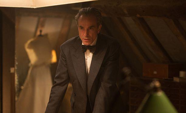 Kolme kertaa Oscarilla palkittu Daniel Day-Lewis nähdään vielä myöhemmin tänä vuonna Yhdysvalloissa ensi-iltansa saavassa Phantom Thread -elokuvassa.