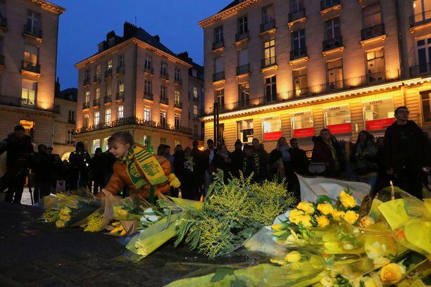 Emiliano Salan entinen seura Nantes järjesti ex-pelaajansa kunniaksi toritilaisuuden tiistai-iltana.