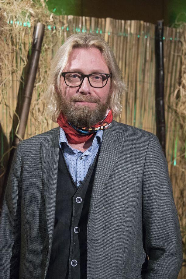 Kimmo Vehviläinen erosi Johanna-vaimostaan.