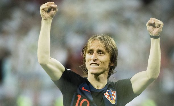 Luka Modric johtaa Kroatian sunnuntaina MM-finaaliin.