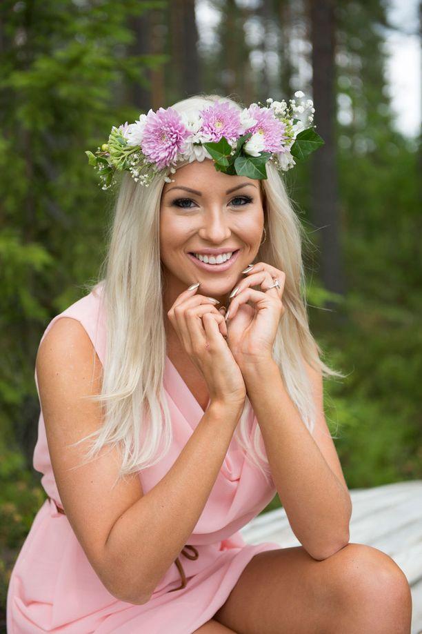 Maisa kihlautui Jari-Matti Latvalan kanssa juhannuksena.