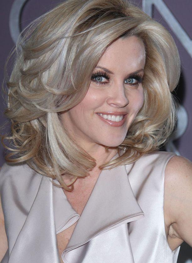 Jenny McCarthy muistetaan Playboysta ja Jim Carreyn deittailemisesta.