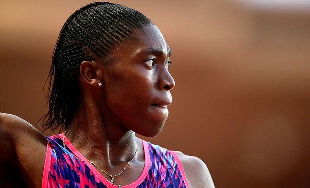 Caster Semenya havittelee menestystä tällä viikolla alkavissa yleisurheilun MM-kisoissa. Hän osallistuu alustavien tietojen mukaan sekä 800 että 1500 metrille.
