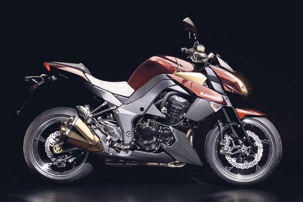 UUTTA. Näyttelyssä nähdään koko kevään moottoripyöräkattaus.
