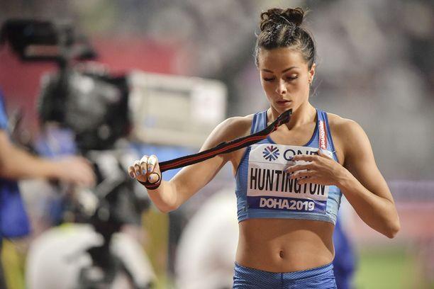 Maria Huntington ei startannut toiseen kilpailupäivään.