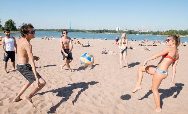Kuukauden korkein lämpötila, 27,7 astetta, mitattiin toukokuun viimeisenä päivänä Turussa.