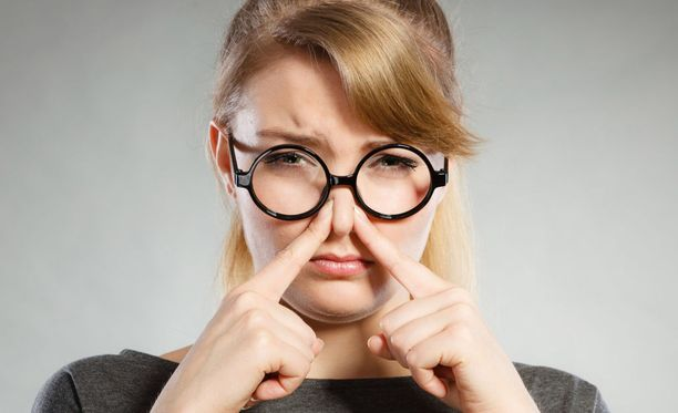 Tuoksuherkkyys voi olla sosiaalisesti rajoittavaa.