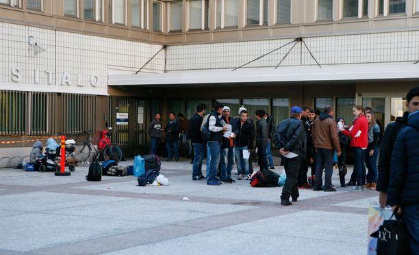 Suuri osa Suomeen saapuneista turvapaikanhakijoista saa työluvan.
