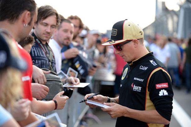 Kimi Räikkönen on kuuma nimi formuloissa.