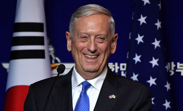"""James Mattis ansaitsi sotilasurallaan itselleen lempinimen """"hullu koira""""."""