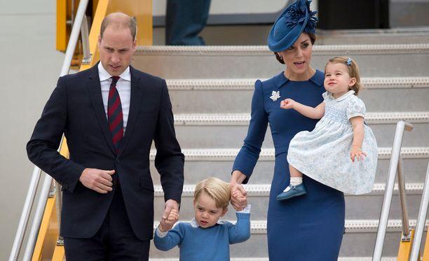 Kuninkaallinen vierailu.