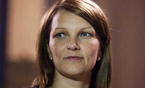 Keskusta hankkii vaalitukea illallisilla, joissa mukana on muun muassa pääministeri Mari Kiviniemi.