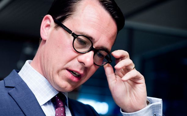 Carl Haglund ei peitellyt ilmatilaloukkaukseen liittyviä faktoja eurovaalien vuoksi.