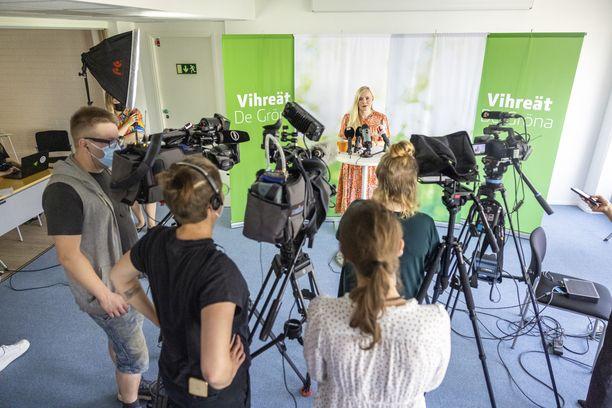 Vihreät on joutunut mediakohun keskelle sen jälkeen, kun puoluekokous hyväksyi aloitteen kannabiksen laillistamisesta.