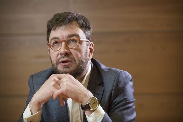 Työministeri Timo Harakka.