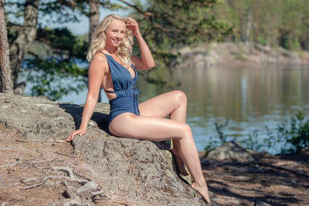 Emilia Kaskinen on vuoden 2020 Miss EW.