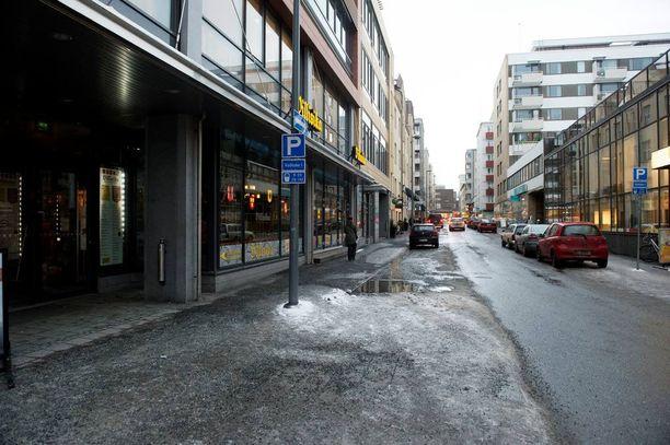 Rikos tapahtui Tampereella Verkatehtaankadulla elokuun 22. päivä.