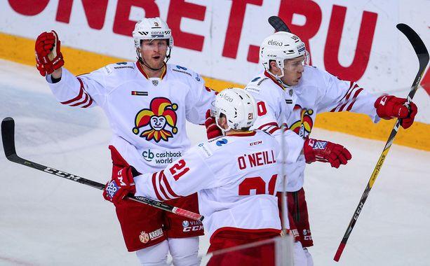 Jokerit juhli 3-2-voittoa Kazanissa.
