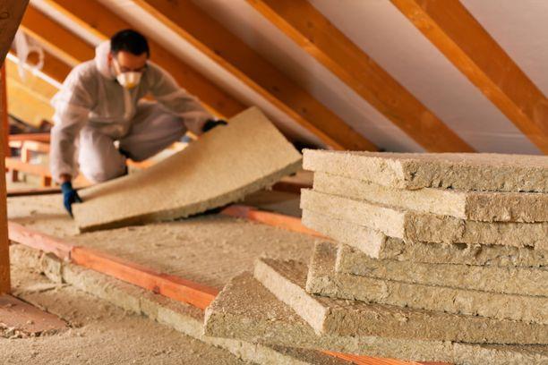 Kuvituskuva. Hiiret saattavat pilata talon eristeitä ja materiaaleja pahemman kerran kun ne pääsevät pesimään.