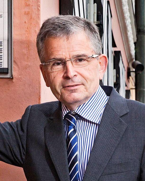 Ylipormestari Jussi Pajunen on tavannut Guggenheim-säätiön johtoa.