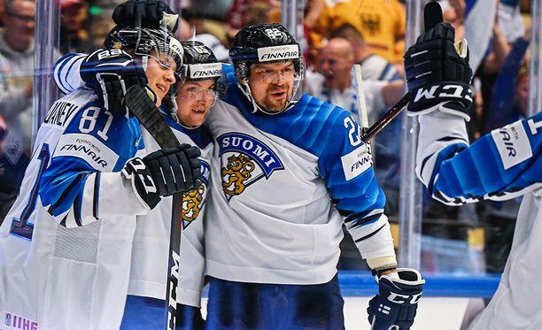 Leijonat möyhensi Kanadan lauantai-iltana peräti 5-1.