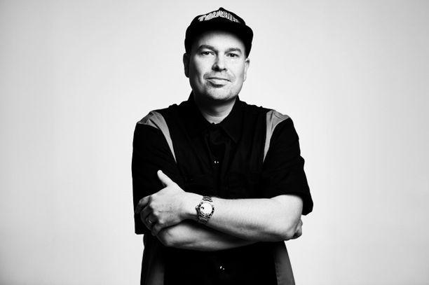 Heikki Kuula on tunnettu suomalainen rap-artisti ja tuottaja.