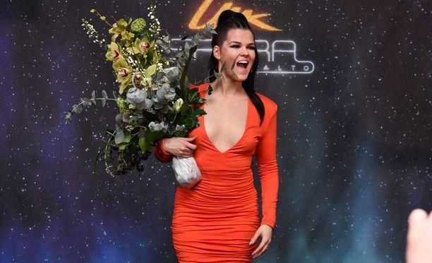Saara Aalto on Suomen ensimmäinen kutsuartisti Euroviisuissa.