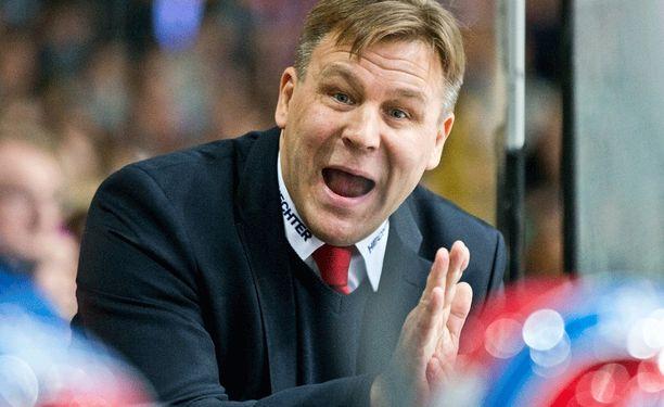 Raimo Summanen on käynyt kovilla kierroksilla Jokereita vastaan pelatuissa otteluissa.