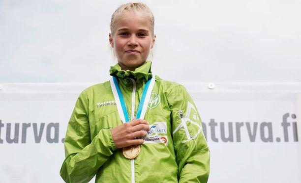Alisa Vainio on jo muutamaan otteeseen ilmaissut, että on hivenen kyllästynyt runsaaseen julkisuuteen.