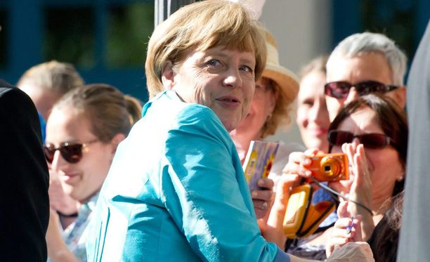 Angela Merkelin vierailu Bayreuthin oopperajuhlilla ei mennyt aivan putkeen.