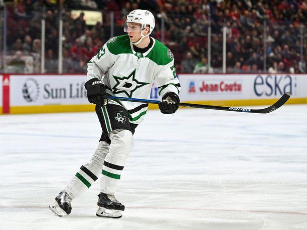 Esa Lindell iski ensimmäisen maalinsa NHL:n pudotuspeleissä. Arkistokuva.