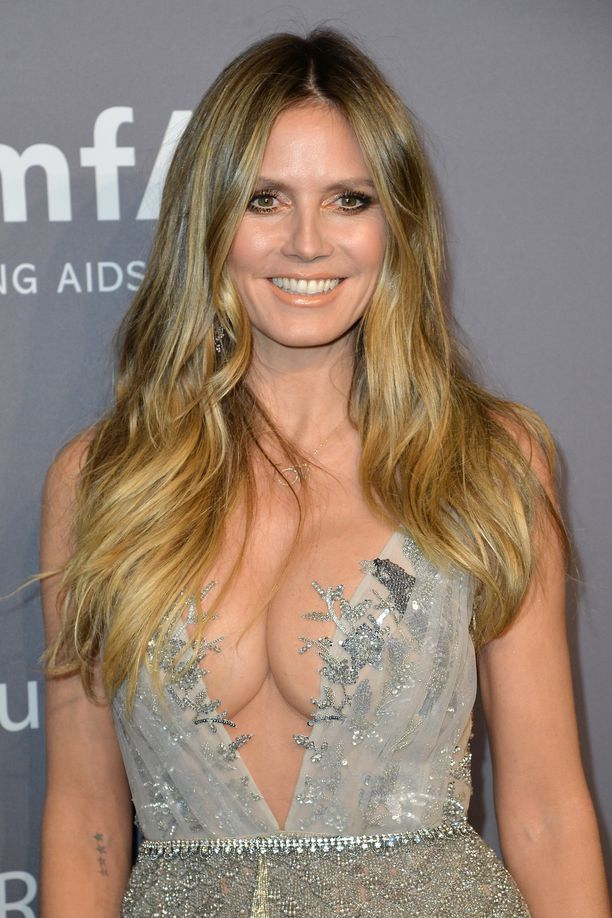 Heidi Klum on poseerannut esimerkiksi Voguen, Ellen, Cosmopolitanin ja Marie Clairen kannessa. Televisiossa hänet on nähty esimerkiksi ohjelmissa Muodin huipulle ja Huippumalli haussa.