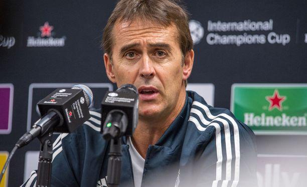 Real Madridin päävalmentaja Julen Lopetegui haluaa espanjalaismedian mukaan lisävahvistuksia heti.