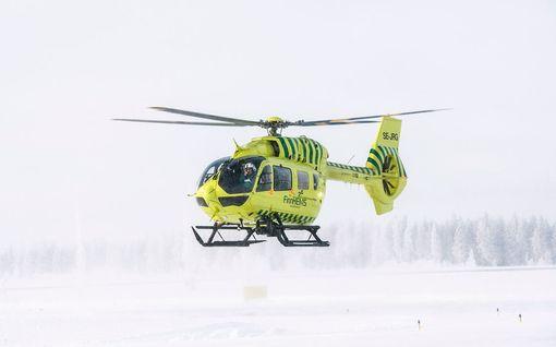 Vakava tilanne sairaalan helikopterikentällä: Virheellisesti pysäköity auto esti laskeutumisen